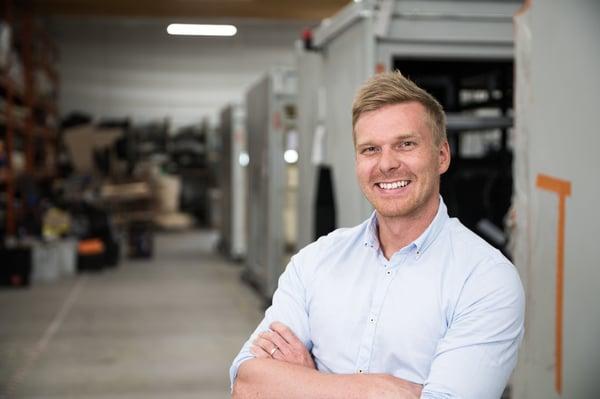 Palkittu yrittäjä uudistaa sahateollisuutta tekoälyn avulla